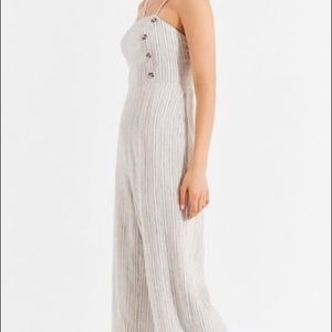 NWOT Gorgeous URBAN OUTFITTERS linen jumpsuit S